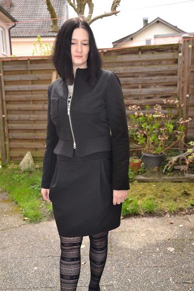 Jacke mit Kelchkragen in schwarz